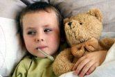 'Te vaak antibiotica voor kinderen met koorts'