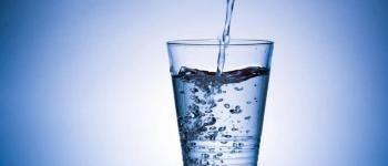 Water in een glas