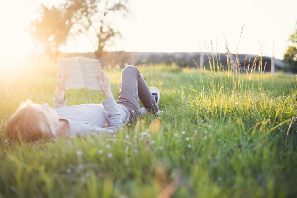 De zomer: Luiertijd en leestijd